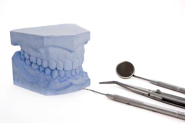 歯を失われた方へ